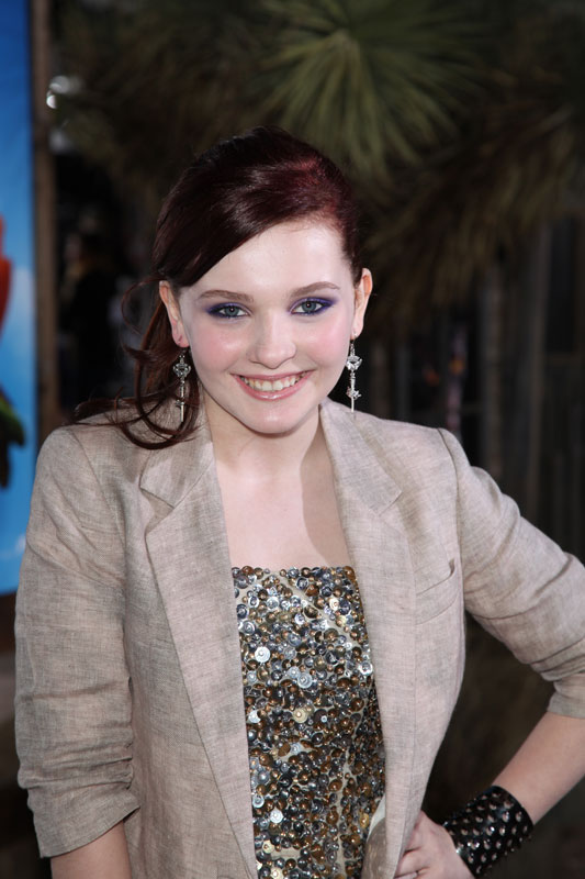 bikins on top Abigail Breslin Zombieland bonds baby ...
