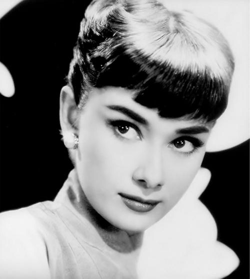 Audrey hepburn fu pubblicato sulla copertina di time del 7 settembre