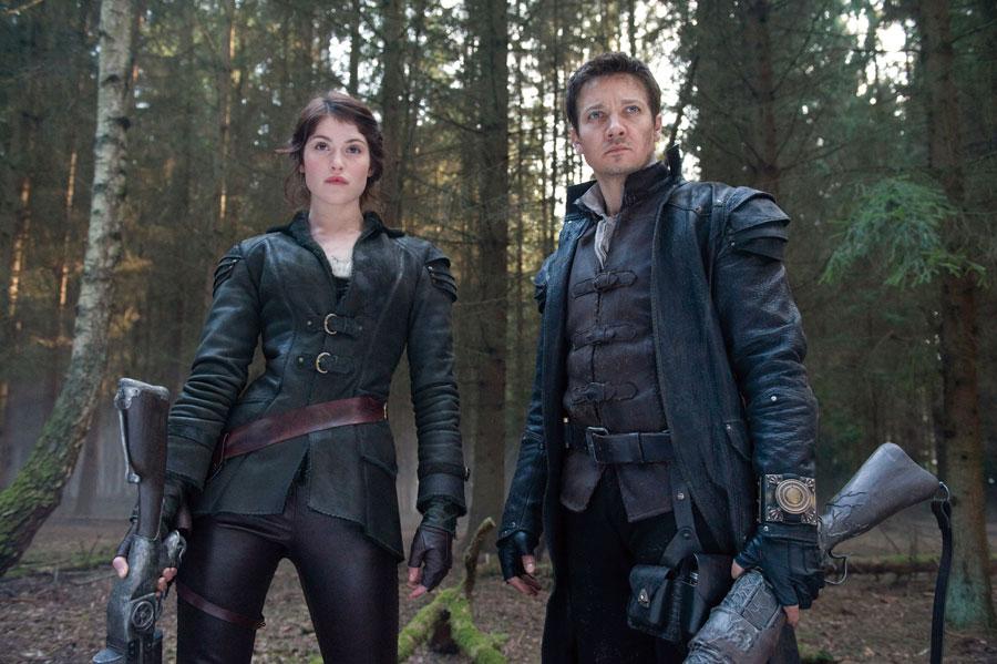 Jeremy Renner e Gemma Arterton sul set di Hansel & Gretel: Cacciatori di Streghe