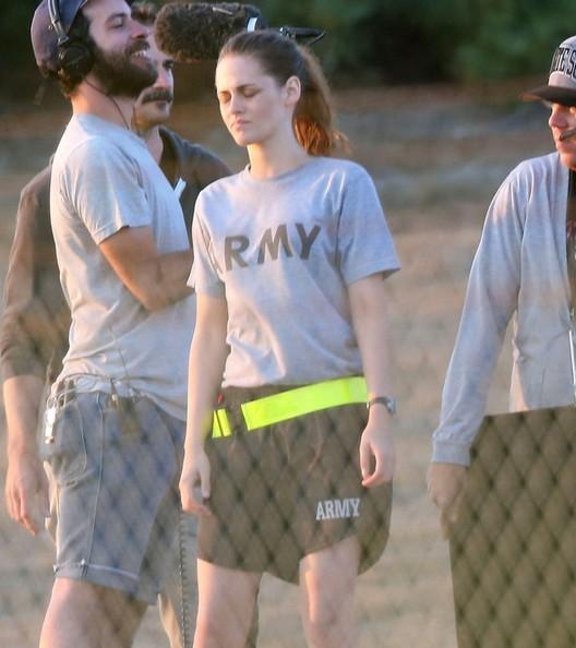 Kristen Stewart sul set di Camp X-Ray