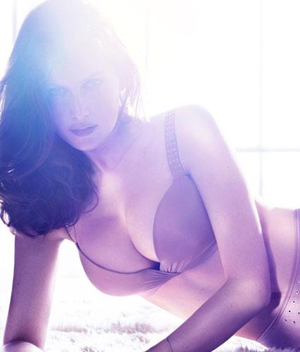 Laetitia Casta sexy ed in lingerie per H&M - 6