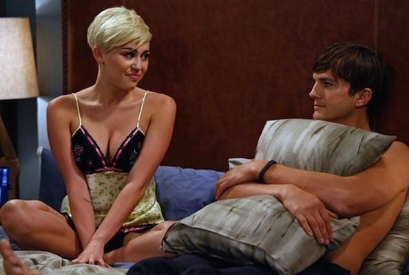Miley Cyrus a letto con Ashton Kutcher - fiction