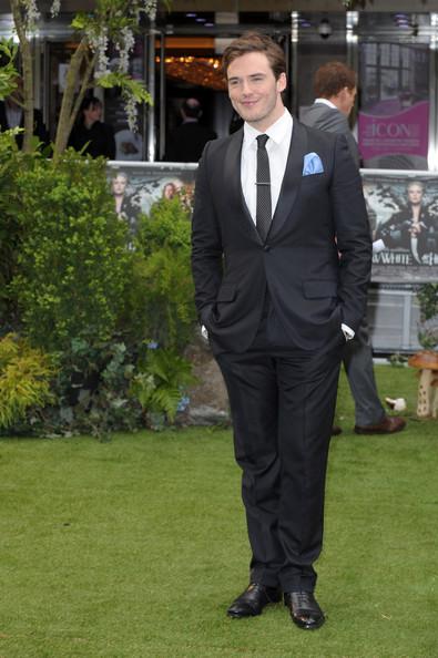 Sam Claflin sul red carpet londinese di Biancaneve e il Cacciatore - 2