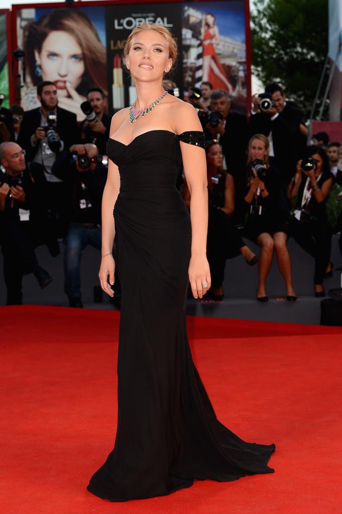 Scarlett Johansson - Venezia 70 - red carpet Under the Skin