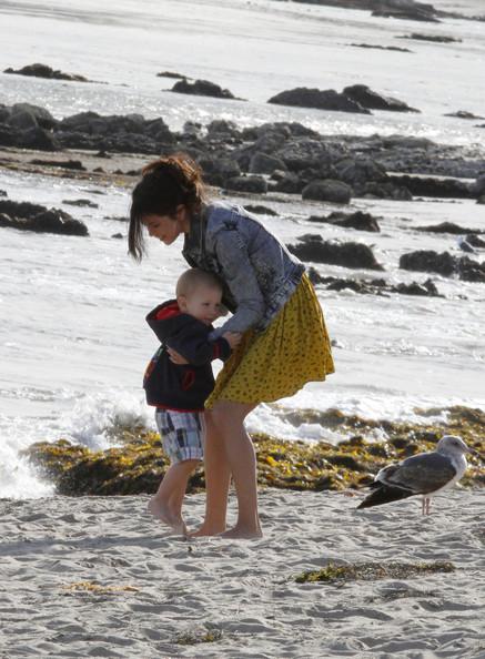 Selena Gomez sulla spiaggia di Paradise Cove