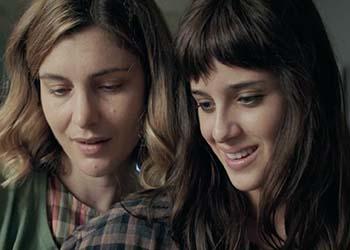 18 Regali: online una nuova clip del film