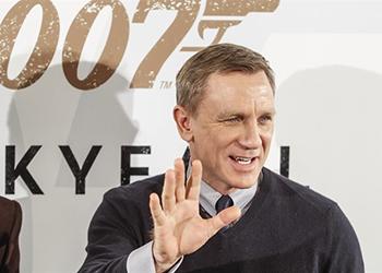 Bond 25: infortunio sul set per Daniel Craig. Riprese sospese