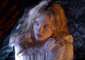 La bella e la bestia il trailer italiano del film con l a - La finestra sul cortile trailer ita ...