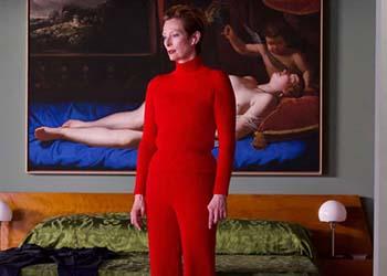 Tilda Swinton nella prima immagine di The Human Voice