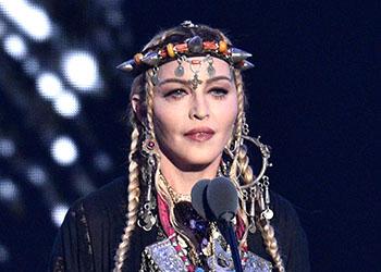 Madonna dirigerà il film dedicato alla sua vita