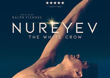 Nureyev - The White Crow: online la scena Defezione