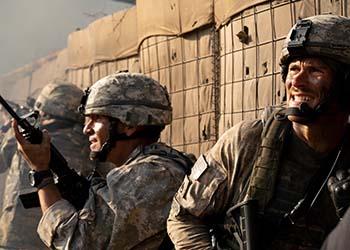 The Outpost: uscirà a luglio il war movie con protagonisti Scott Eastwood e Orlando Bloom